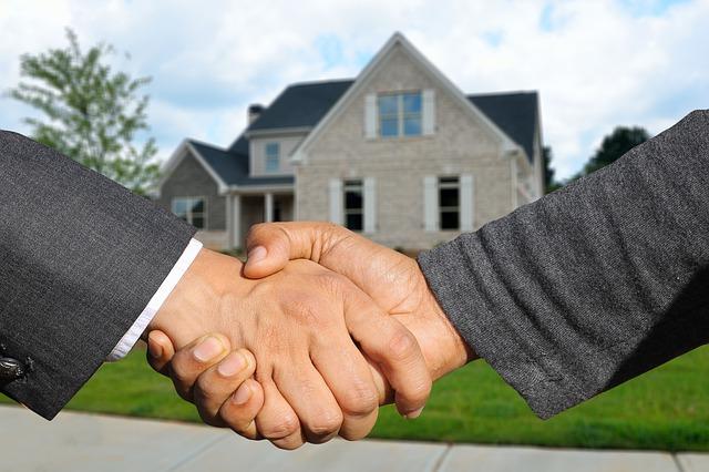 Les essentiels à savoir pour vendre une maison sereinement